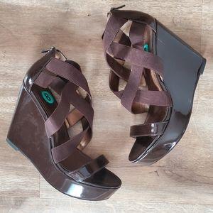 Pelle Moda Platform Patten Leather Strappy Heels